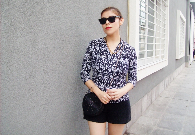 blackandwhite-printed-blouse-summer2015-streetstyle-casual05