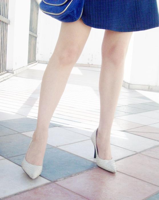 blue-denim-mini-white-streetstyle-summer06