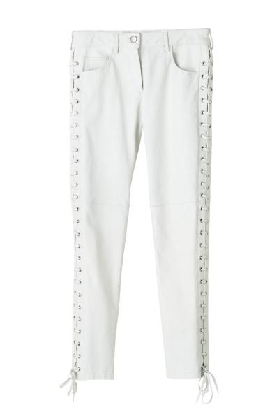cuero blanco (400x600)