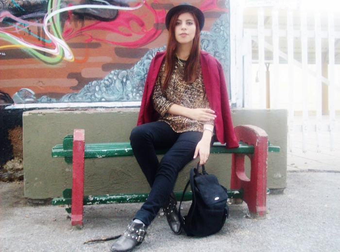 fallwinter2015-blogger-streetstyle-burgundy-animal-print-ankle-boots-01
