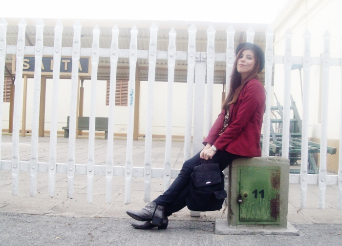 fallwinter2015-blogger-streetstyle-burgundy-animal-print-ankle-boots-07