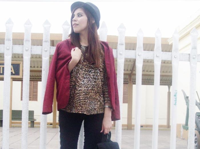 fallwinter2015-blogger-streetstyle-burgundy-animal-print-ankle-boots-10