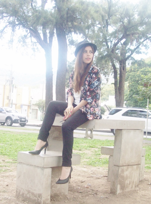 kimono-floral-fall2015-summer2015-boho-chic-streetstyle07