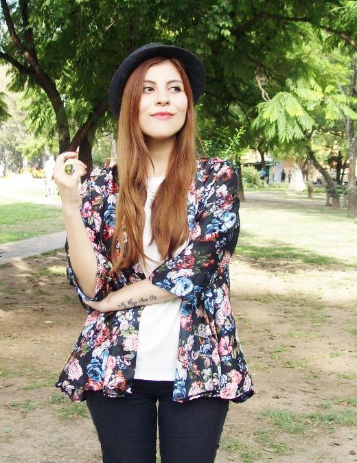 kimono-floral-fall2015-summer2015-boho-chic-streetstyle13