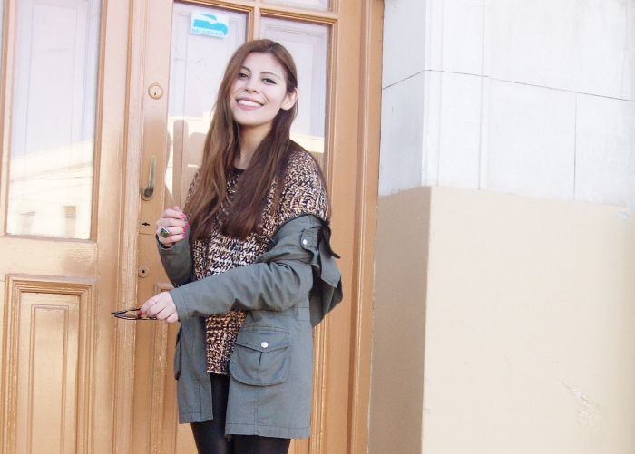 military-green-parka-faux-leather-leggings-streetstyle-argentina-blogger-animal-print07