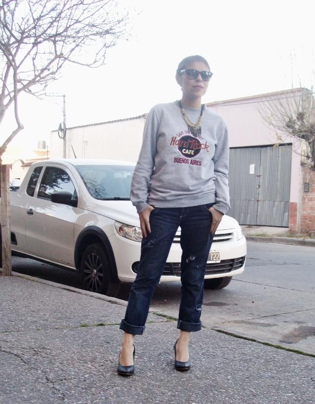ripped-boyfriend-jeans-jumper-streetstyle-fashionblogger01