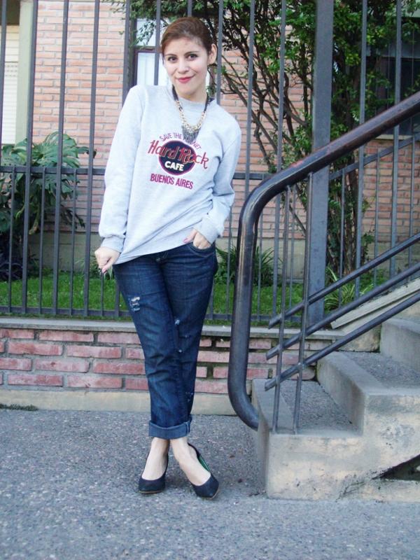ripped-boyfriend-jeans-jumper-streetstyle-fashionblogger07