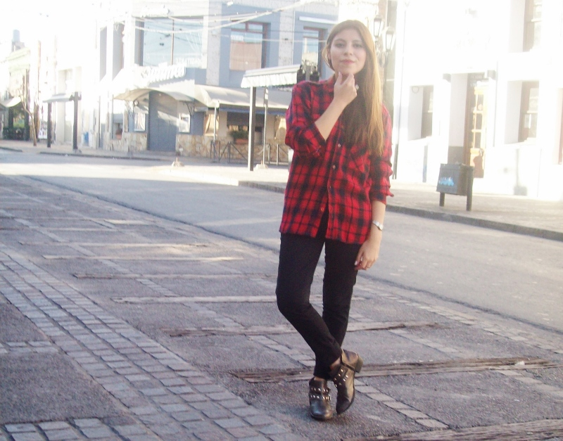 tartan-plaid-booties-blogger-streetstyle-red12